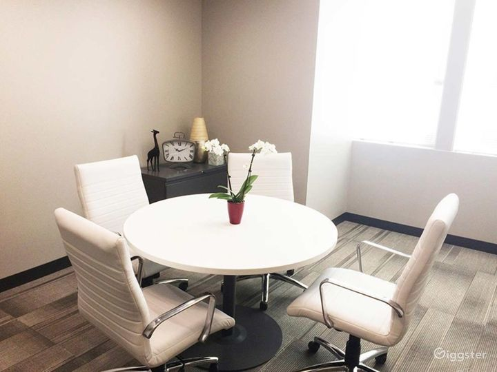 Small Meeting Room in Spokane Photo 2