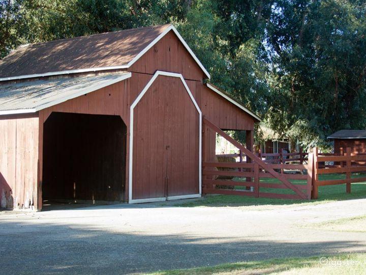 Barns w/Green Lawns, Cornfield & 6 Acre Farm Photo 4