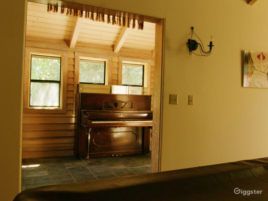 1960s Cottage - 1980s Home/Retro Cabin (Loft) Photo 5