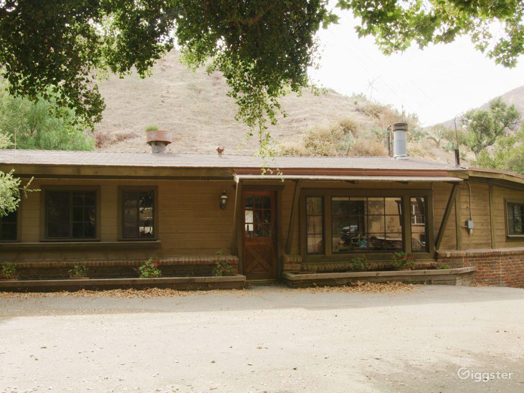 1960s Cottage - 1980s Home/Retro Cabin (Loft) Photo 2