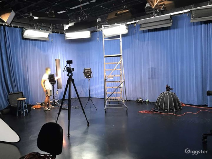 Digital Media and Television Production Studio in Santa Cruz Photo 5
