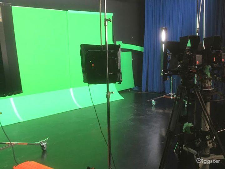 Digital Media and Television Production Studio in Santa Cruz Photo 3