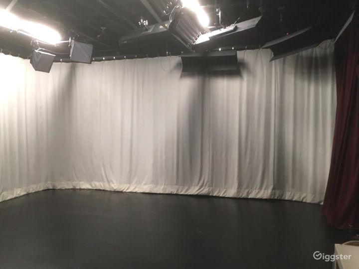 Digital Media and Television Production Studio in Santa Cruz Photo 2