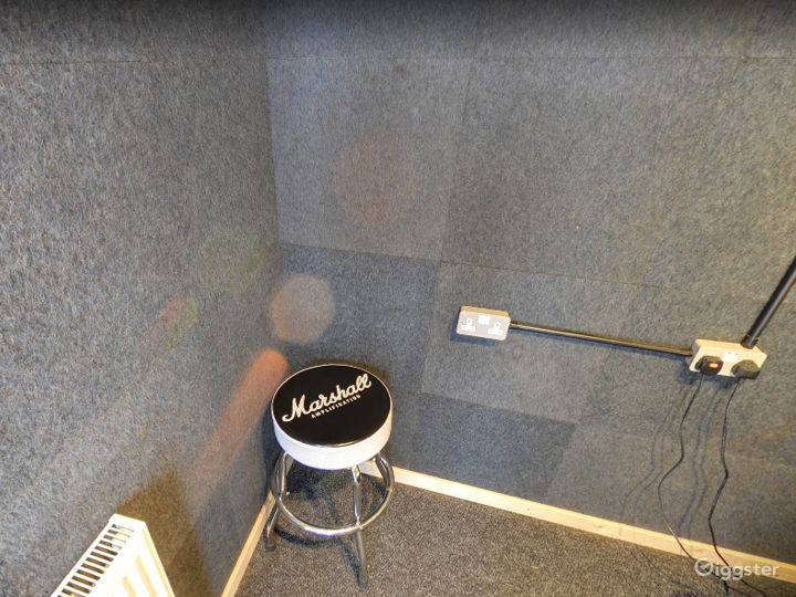 Music Room 2 in Birmingham Photo 3