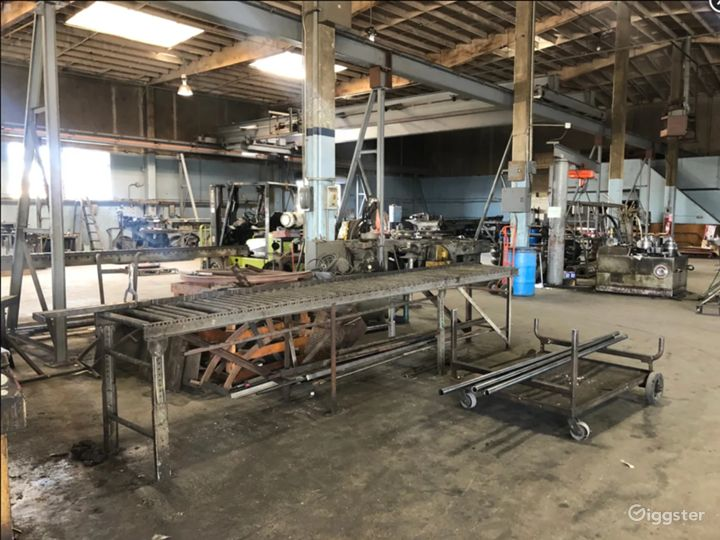 16.000 sq. ft. RAW - FACTORY INDUSTRIAL WAREHOUSE Photo 5