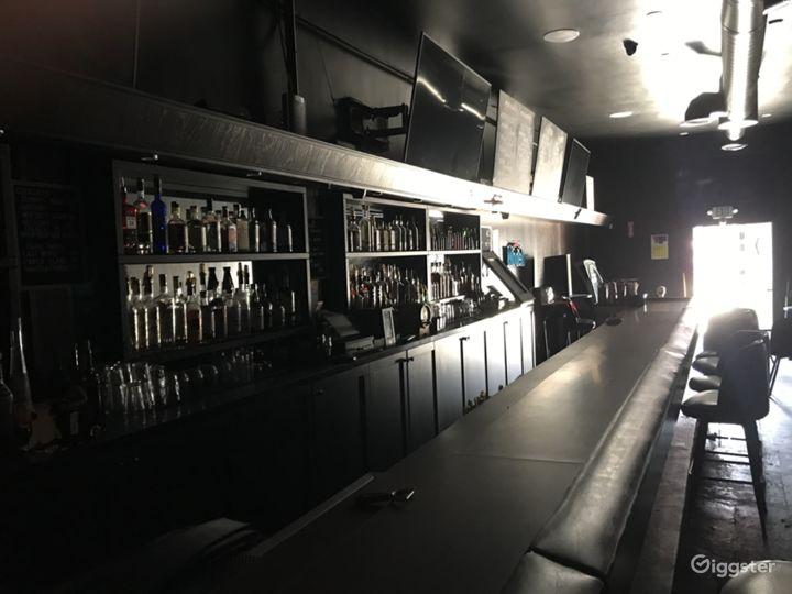 Classic Los Angeles Bar - Silverlake Photo 3