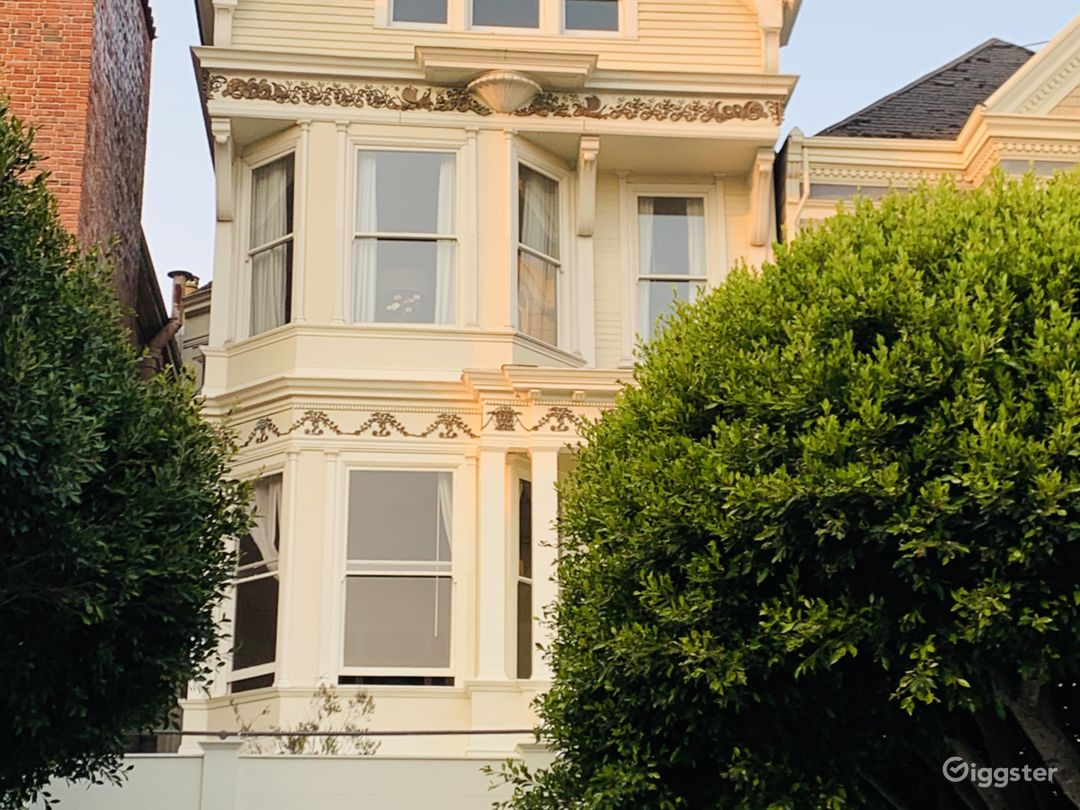 Classic Victorian in Scenic Pacific Heights Photo 1
