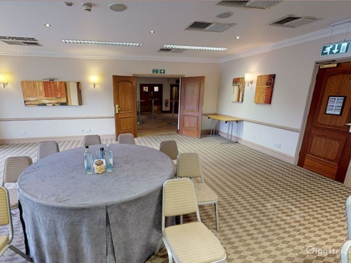 Bright Cowley Event Space in Oxford Photo 5