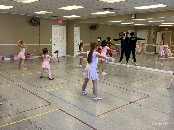 Dance Studio - Room 3 Photo 2