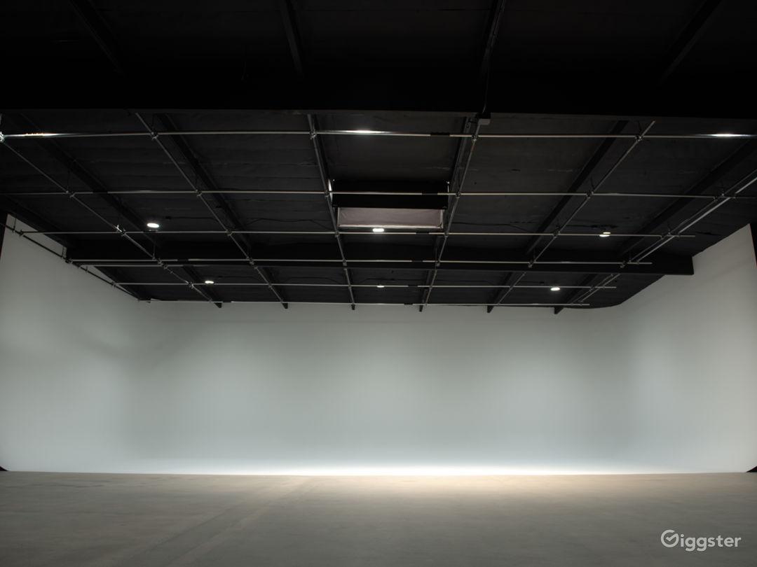 White CYC Stage / Studio Photo 1