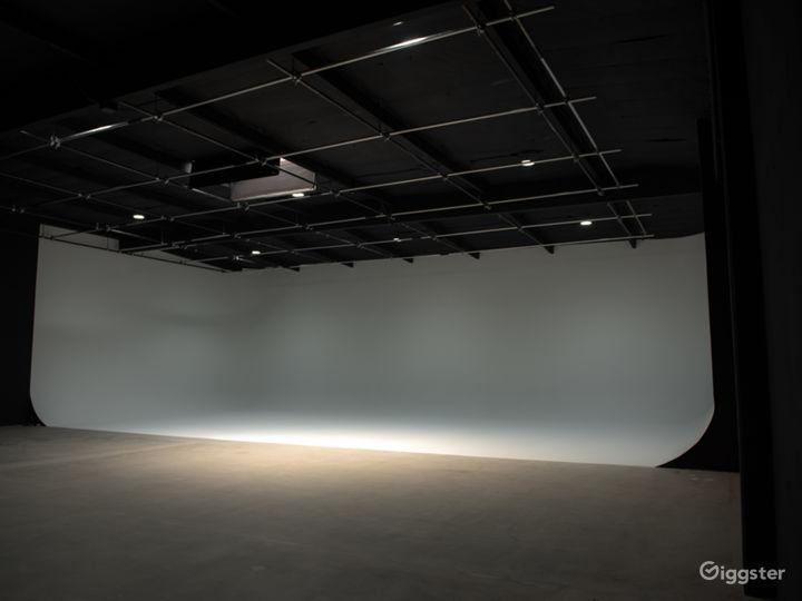 White CYC Stage / Studio Photo 2