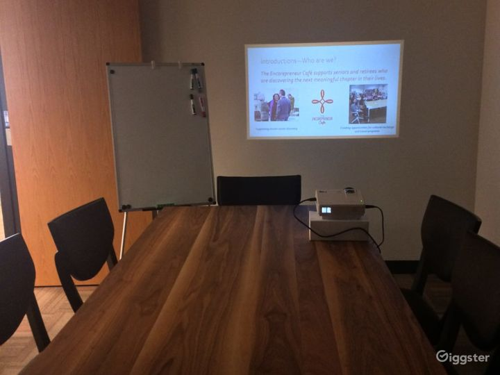 Simplistic Private Space (Meetings Only) Photo 3