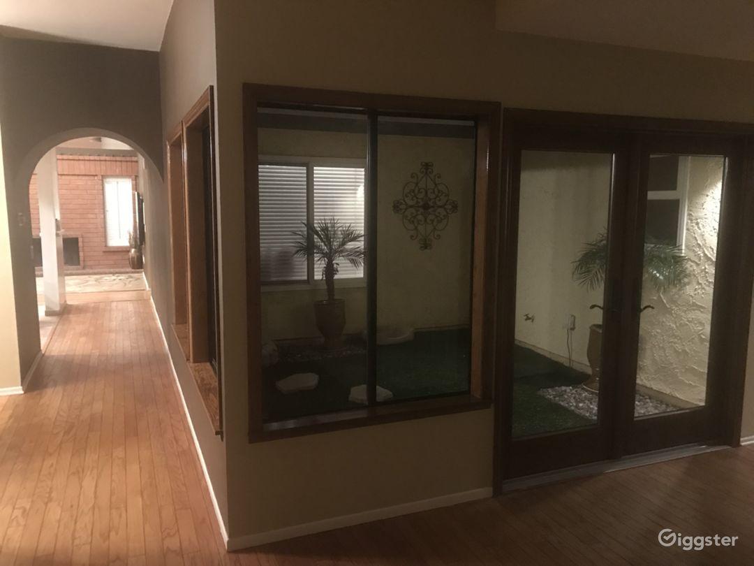 Unique Open Floor Plan Home Popular Filming Area Photo 5