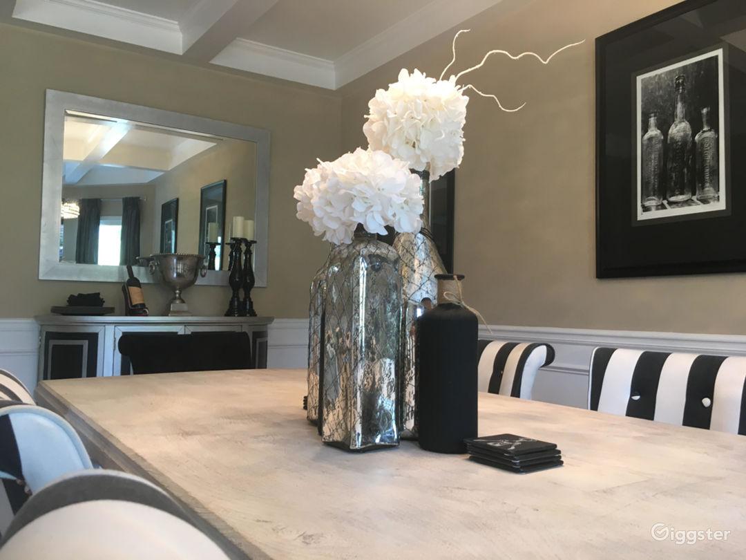 Crew Friendly Luxury Home: Upscale Atlanta Suburb Photo 1