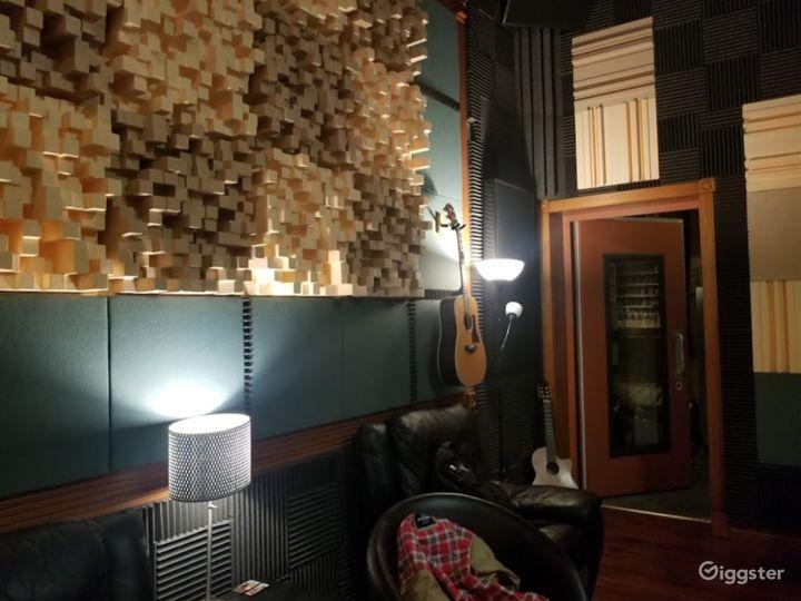 Room B - Professional Recording Studio  Photo 3