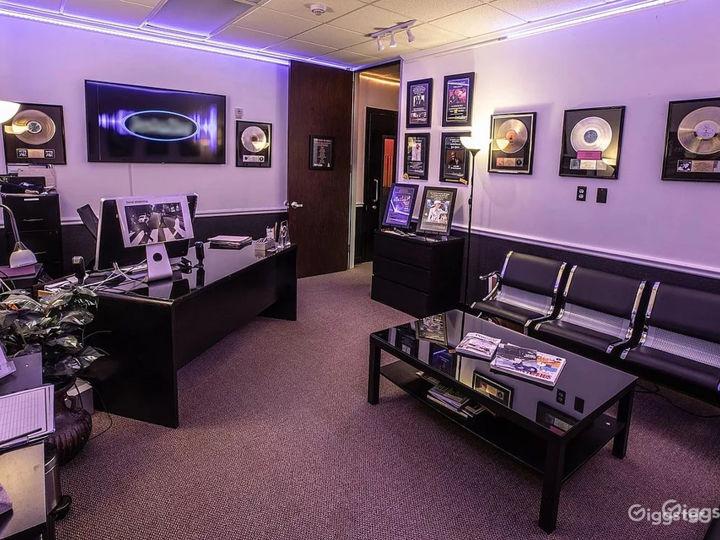 Room B - Professional Recording Studio  Photo 5