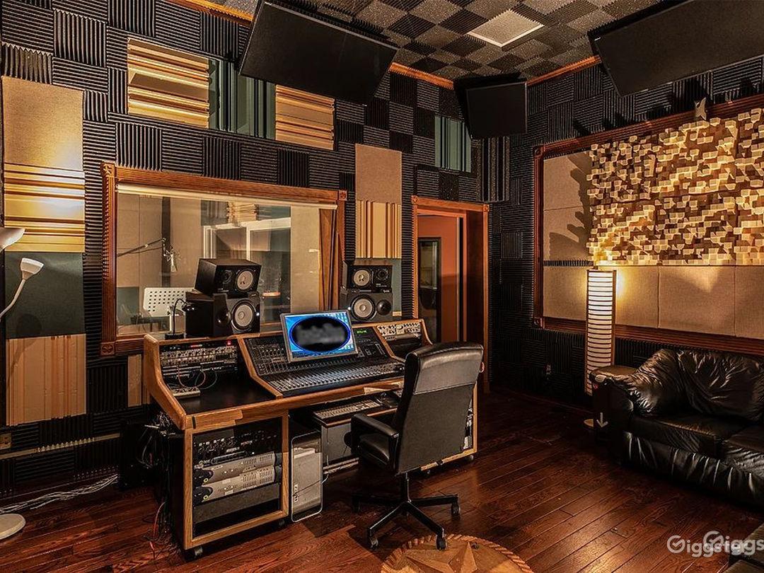 Room B - Professional Recording Studio  Photo 1