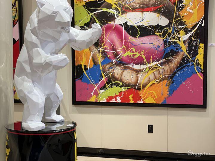 Upscale Fine Art Gallery in Las Vegas Photo 2