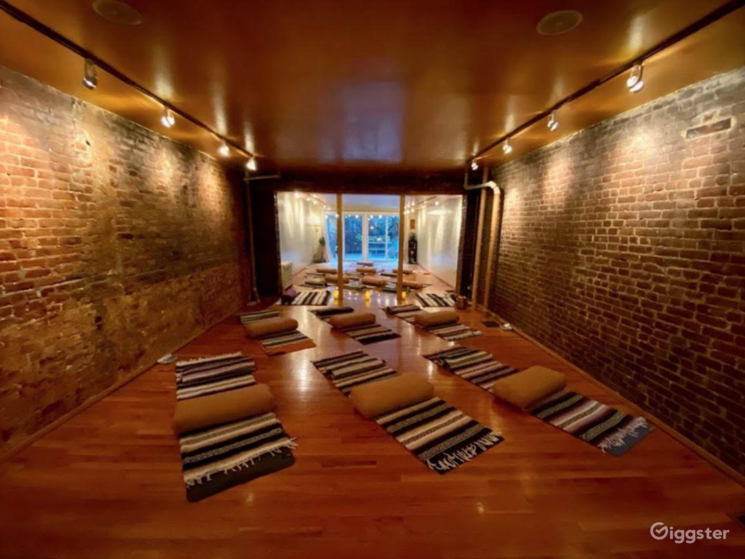 Brownstone Yoga Studio Photo 2