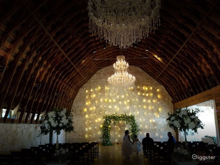 Rustic Bohemian Event Space in Austin (Full Buyout) Photo 2