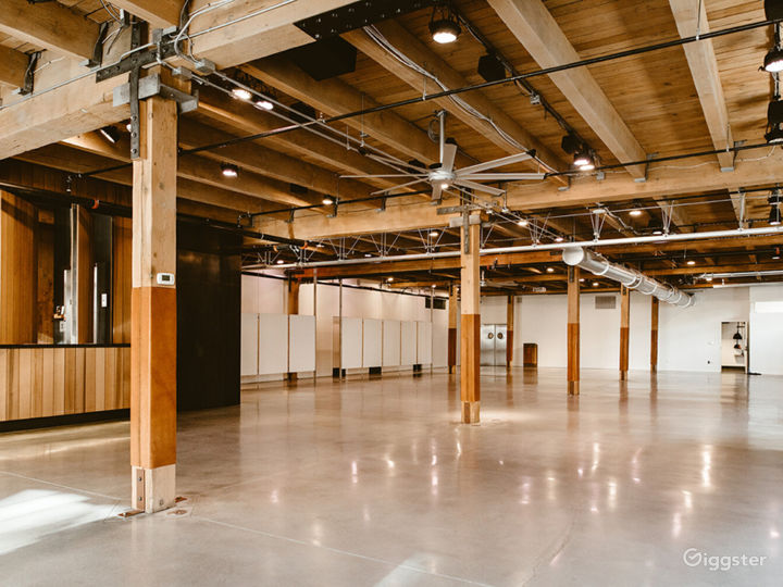 Industrial Chic Event Space in Downtown Seattle Photo 2
