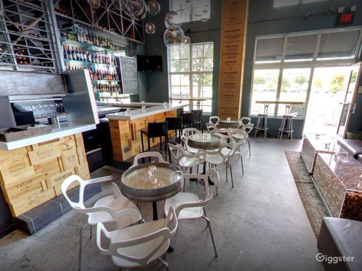 Modern West Palm Beach Wine Bar Photo 4
