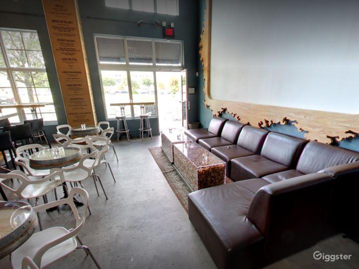 Modern West Palm Beach Wine Bar Photo 5