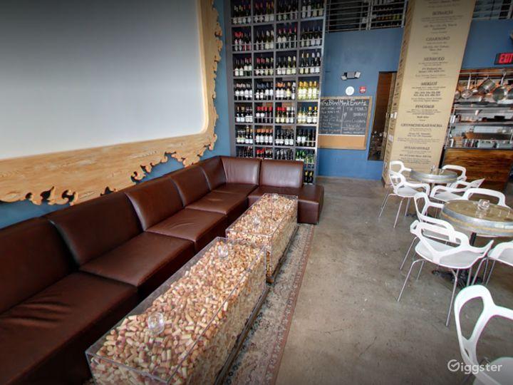 Modern West Palm Beach Wine Bar Photo 2