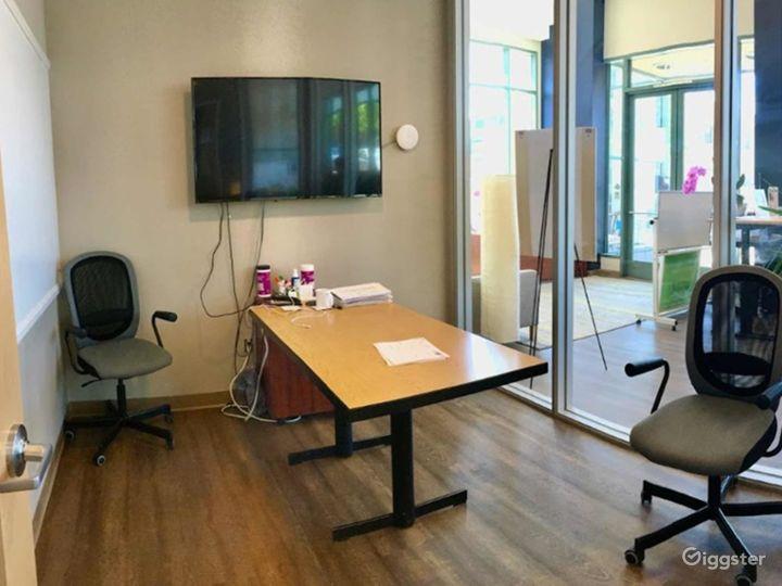 Medium Meeting Room in San Rafael Photo 5