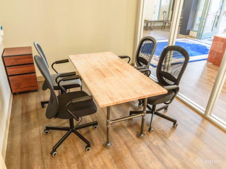 Medium Meeting Room in San Rafael Photo 3