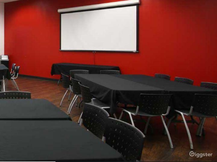 Cozy F1 Room in Torrance Photo 3