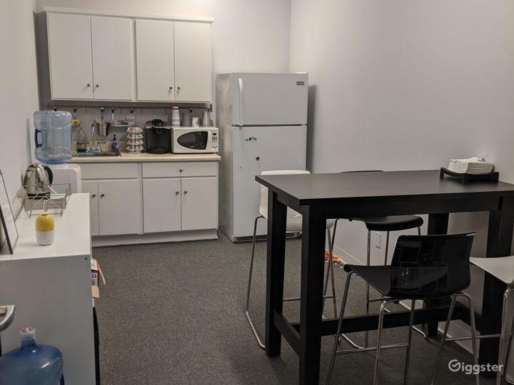 Private Office 204-B in Burbank Photo 4