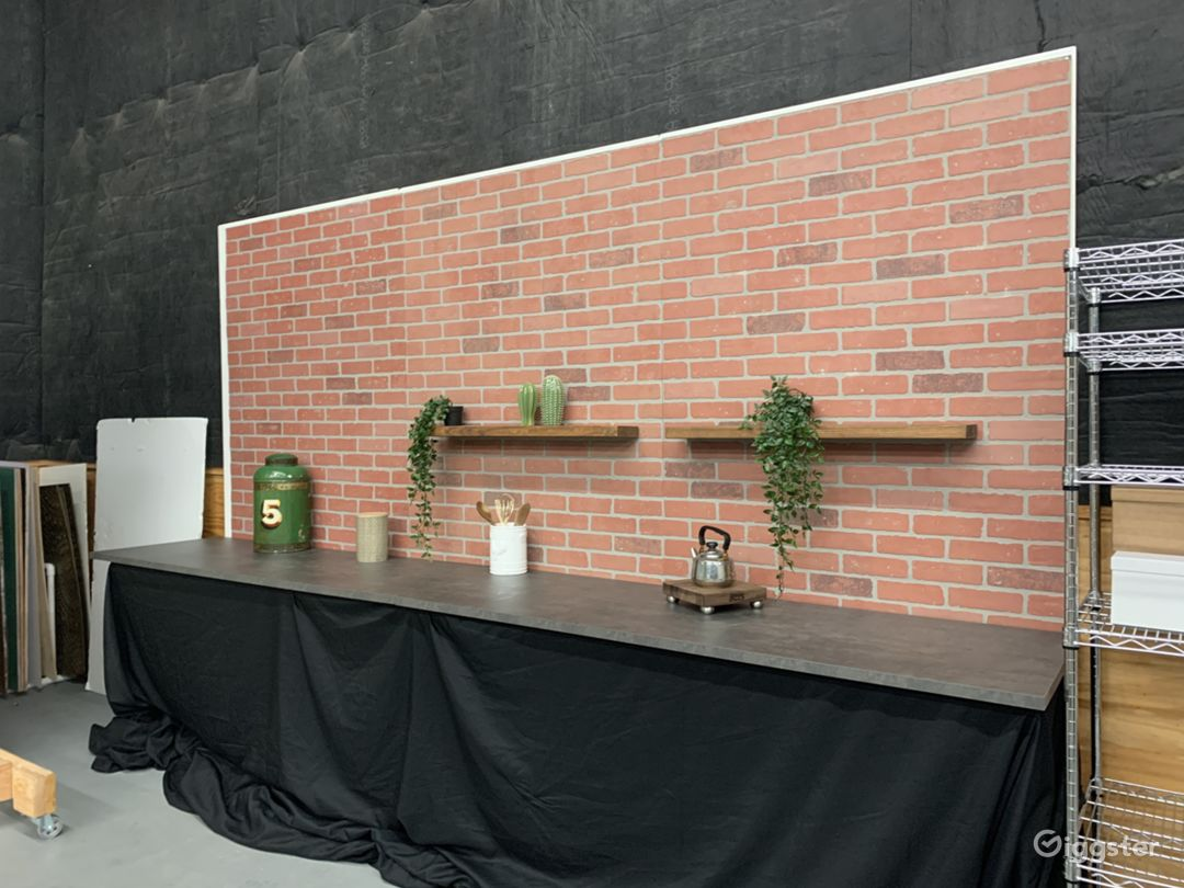 Studio 12ft. Kitchen Brick Wall Set Photo 1