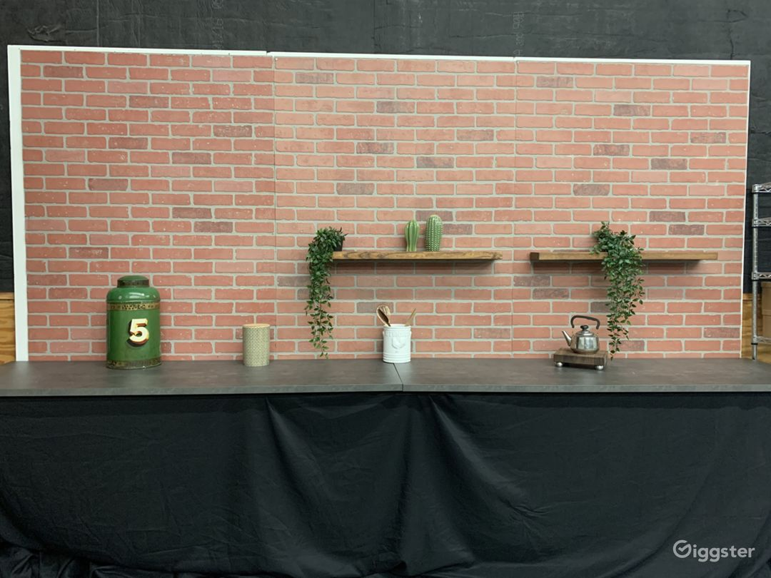 Studio 12ft. Kitchen Brick Wall Set Photo 2