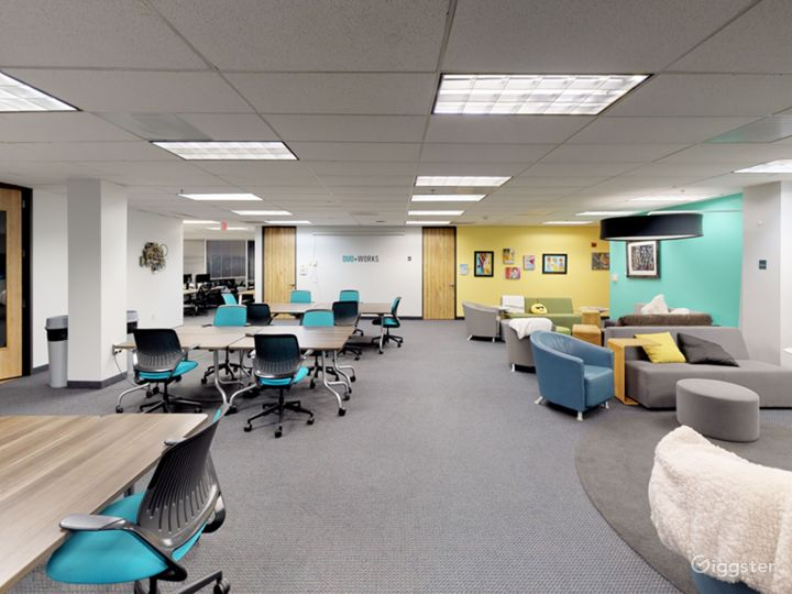 Mocha-Simple Meeting Room for up to 3 People Photo 5