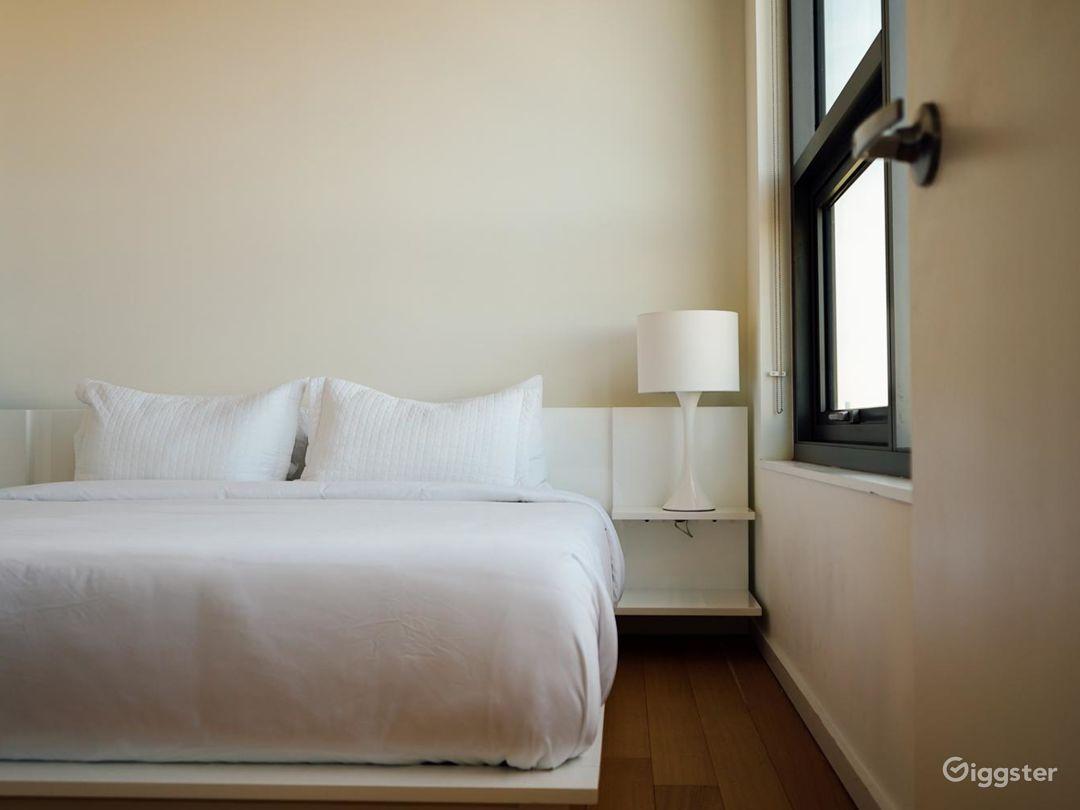 Minimalist Penthouse Apartment Photo 4