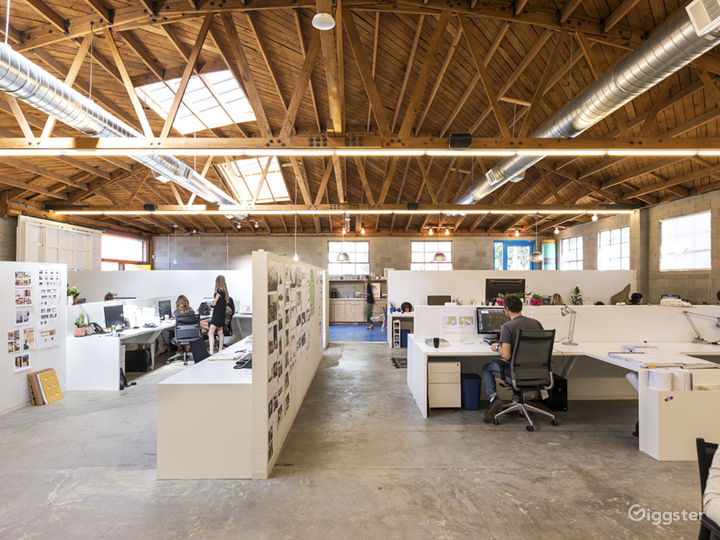 Creative Office in Silverlake Photo 5