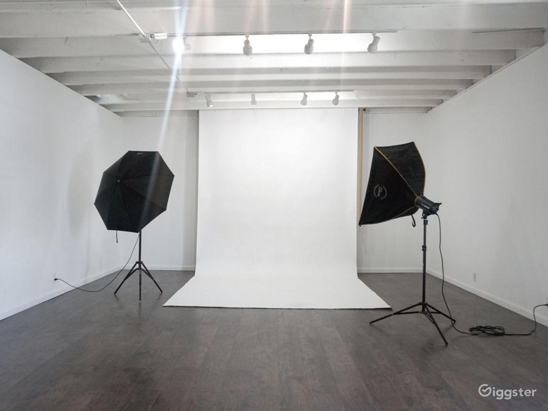 Multi-purpose DTLA Photo Studio Photo 1