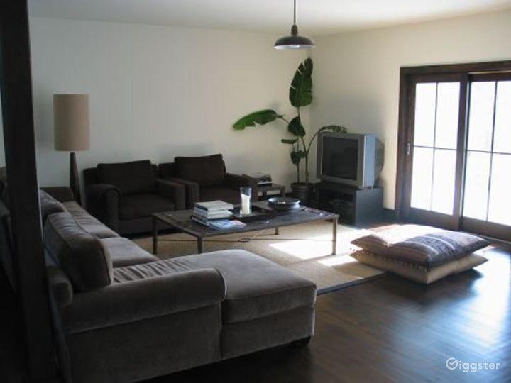 Shingled Hamptons home with pool: Location 3067 Photo 3