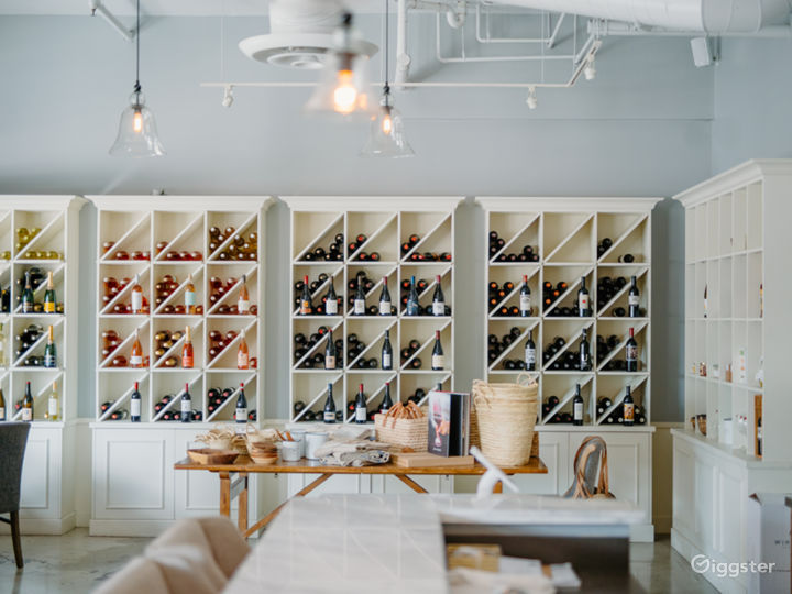 Elegant Wine Bar & Boutique Photo 3