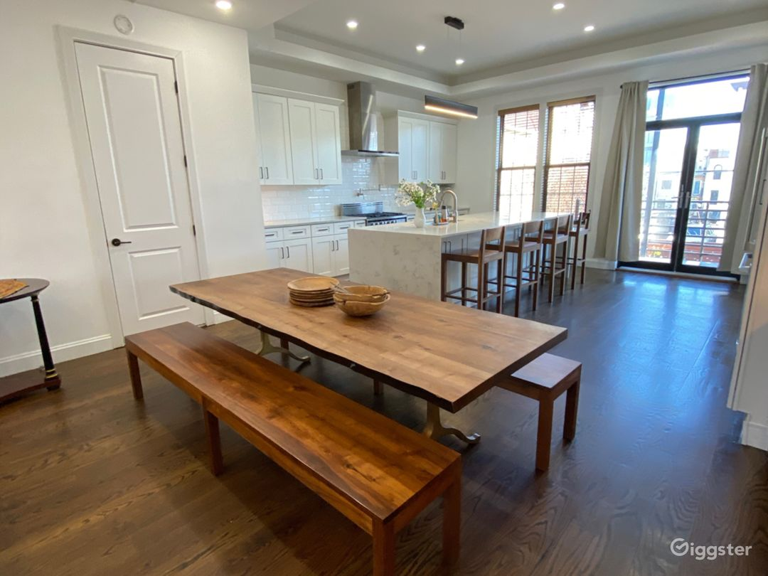 Large family size dining table
