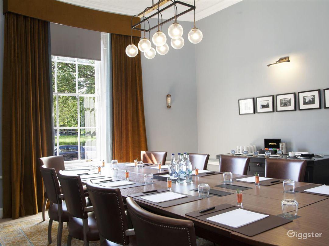 Well-lighted Boardroom in Edinburgh Photo 1