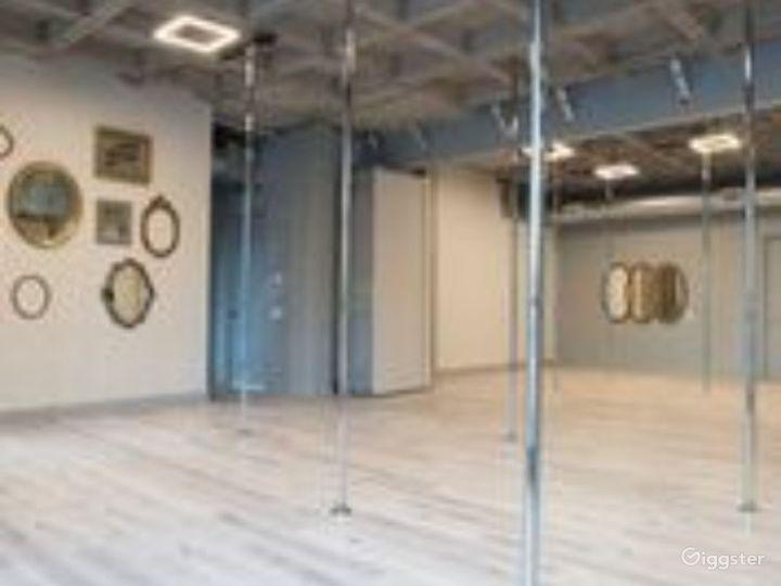 Enchanting Pole Studio in Houston Photo 2