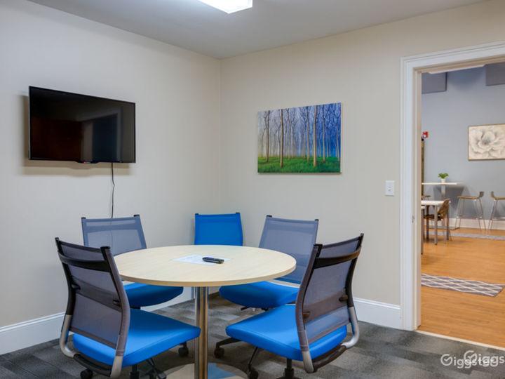 Quartz Meeting Room  Photo 2