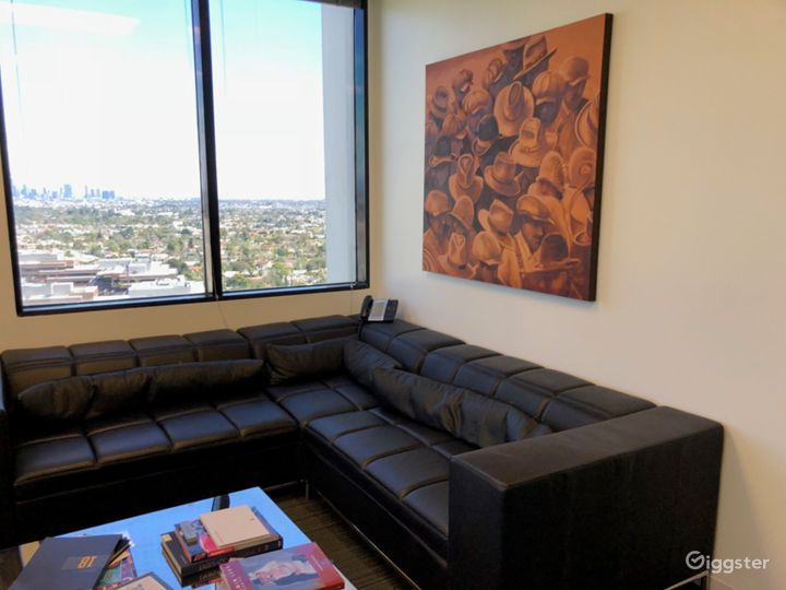 Miracle Mile Open Office Space with Sweeping Views Photo 4