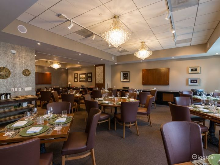 Maharaja Dining Room with Large Flat Screen & Patio Access in Houston Photo 3