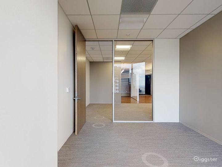 Office 2100 Photo 2