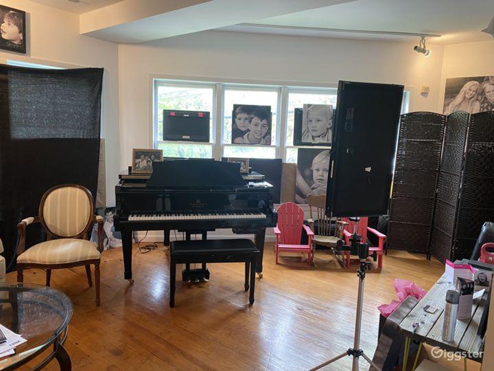 Roomy Photo Studio in Westchester Photo 3