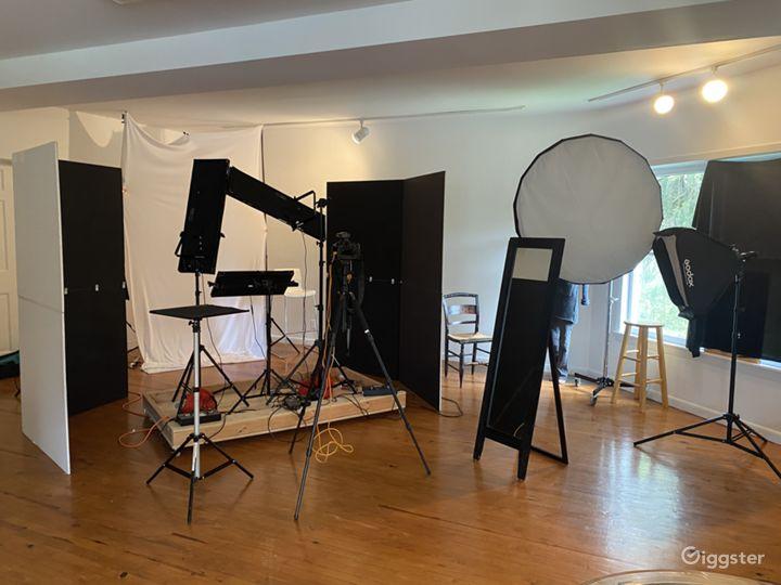 Roomy Photo Studio in Westchester Photo 4