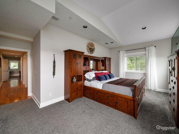 Spacious Suite on Oregon Equestrian Estate Photo 3